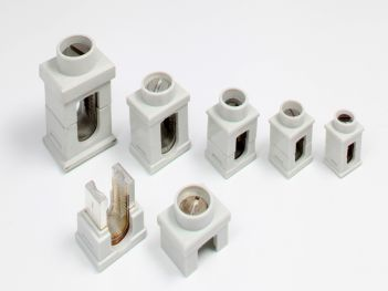 Insulated branch connectors